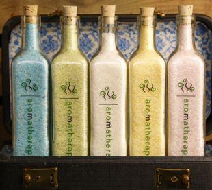 Aromatherapy Designed For You - Salt Sudz